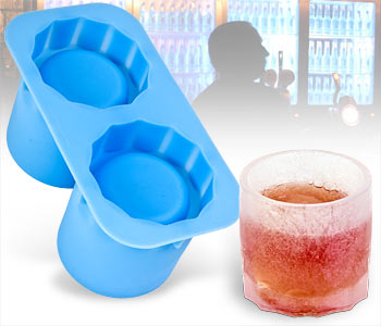 icecup1 Ice Tumblers – glassware made entirely out of ice