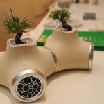 speaker planter 450x3371 150x150 Grow carnivorous plants right on your desktop