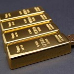 gold bar usb flash drive1 150x150 Cool retro robot USB flash drive removes his own head