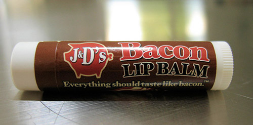 jds bacon lip balm Kissing your partner tastes like bacon? Thats love