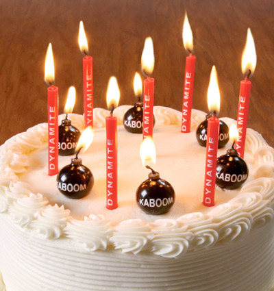 dynamite and bomb candles Your birthday party will blow with Dynamite and Bomb Birthday Candles