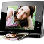 picture scanning digital frame 150x150 Finally, a way cool Wi Fi digital picture frame