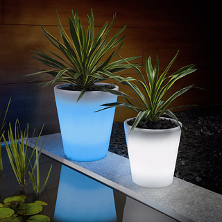 solar powered potted plants Solar pots will grow by day and glow by night