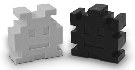 space invaders salt and pepper shakers 20 of The Most Creative and Coolest Salt and Pepper Shakers Around