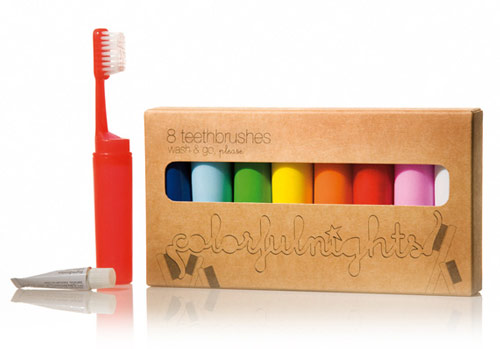 colorful nights one more gadget Toothbrushes inspired by crayons   Colourful Nights Travel Toothbrushes