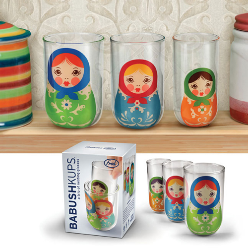 babushkups onemoregadget What do you get when you combine Russian Dolls and Cups? Kelsey from the anthology of course!