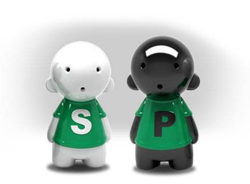 Knorr Salty And Pepper Shakers